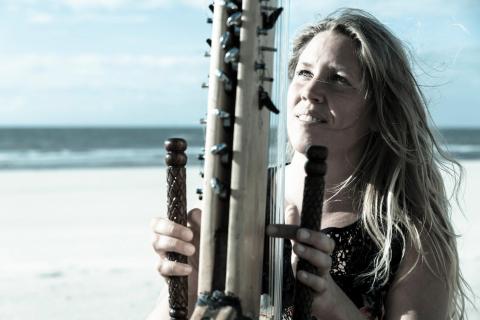 Afrikanische-Kora-Harfe-1