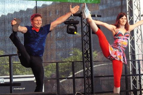 Akrobatik, Comedy und Jonglage Duo Berlin (1)