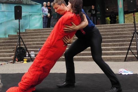 Akrobatik, Comedy und Jonglage Duo Berlin (4)