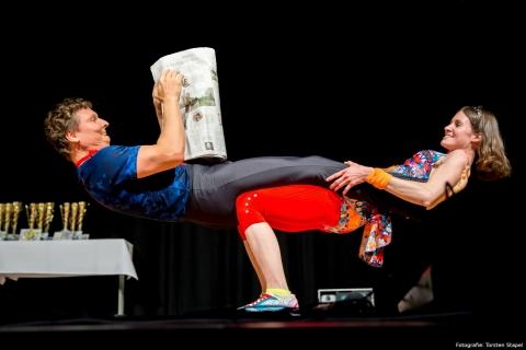 Akrobatik, Comedy und Jonglage Duo Berlin (cover)