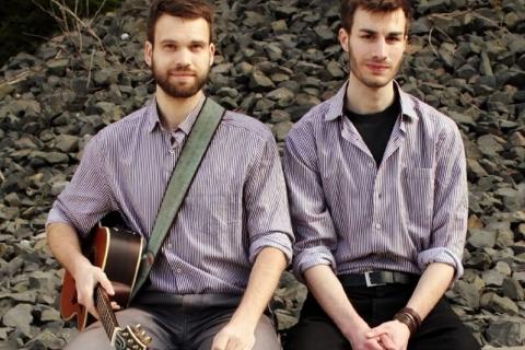 Akustik Duo Counting Stars (1)