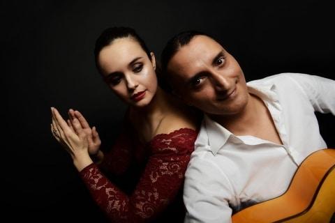 Akustik-Gesang-und-Gitarren-Duo-9