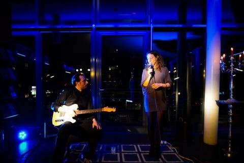 Akustik-Lounge-Duo-Gesang-und-Gitarre-1