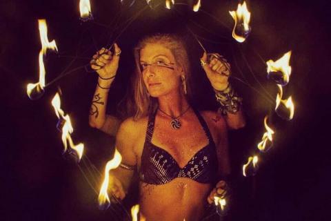 Andromeda-Fyre-•-Feuer-und-Lichtshows-15