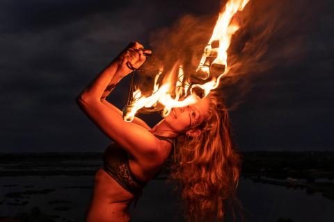 Andromeda-Fyre-•-Feuer-und-Lichtshows-2
