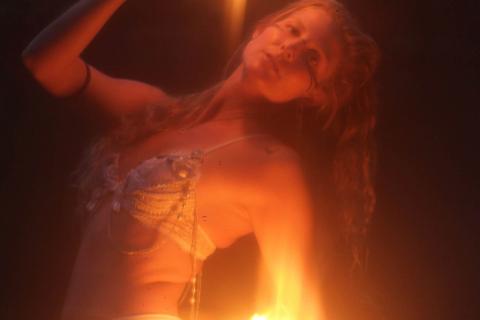 Andromeda-Fyre-•-Feuer-und-Lichtshows-8