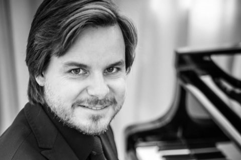 Barpianist für Dinnermusik und konzertante Einlagen (1)