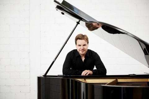 Barpianist für Dinnermusik und konzertante Einlagen (3)