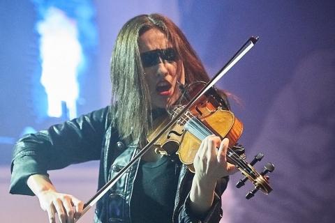 Bezaubernde-Violinistin-Marta-2019-3
