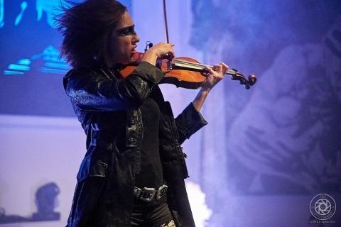 Bezaubernde-Violinistin-Marta-2019-5