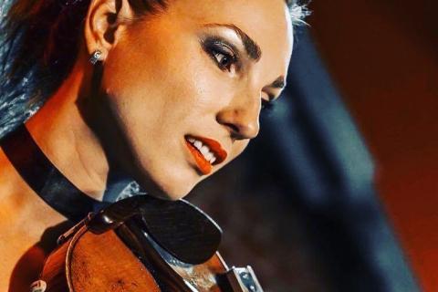 portraitBezaubernde Violinistin Marta