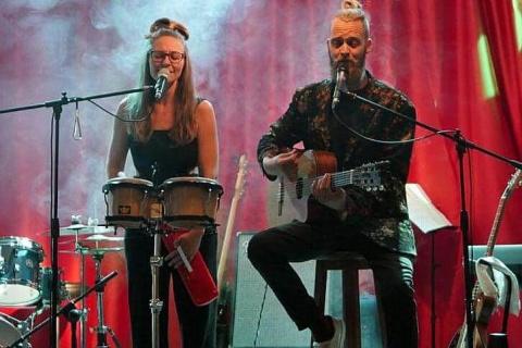 Das-gefühlvolle-Musiker-Duo-von-Lanzarote-13