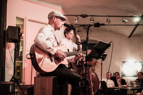 Das-harmonische-Akustik-Duo-aus-Frankfurt-4