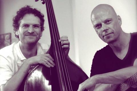 Das-harmonische-Akustik-Duo-aus-Frankfurt-7