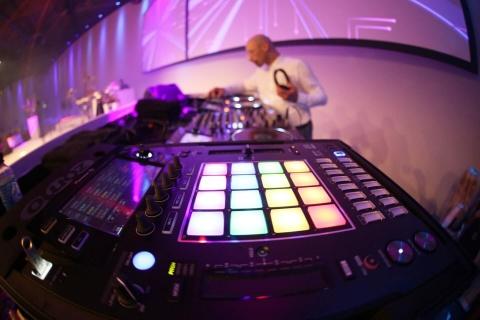 Der-Allround-DJ-aus-Düsseldorf-12