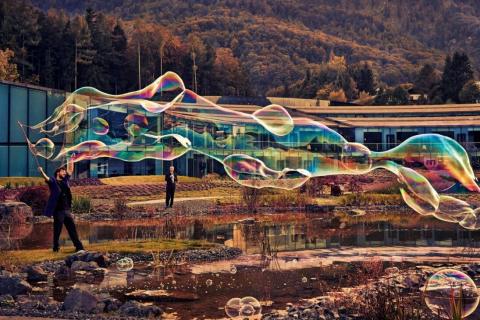 Der-erstaunliche-Wiener-Bubble-Kuenstler-8