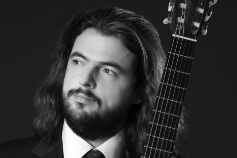 Der-klassische-Gitarrist-aus-Berlin-6