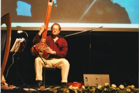Der-Obertonsänger-Songwriter-und-Folkmusiker-aus-NRW-5