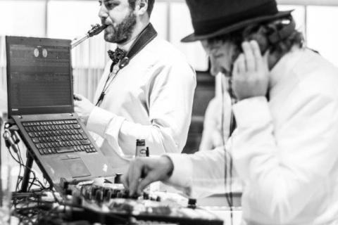 Der Party-DJ aus Muenchen (9)