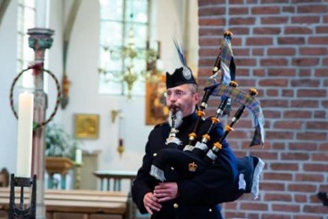 Der-Ruf-des-Highland-Piper-8