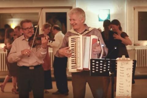 Der singende Akkordeonist Norddeutschland (6)