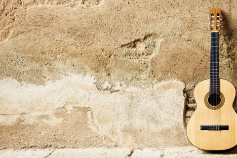 Der-spanische-Gitarrist-aus-Bremen-11
