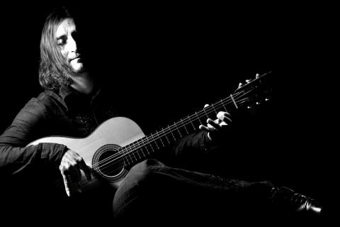 Der-Spanische-Gitarrist-aus-Hessen-1