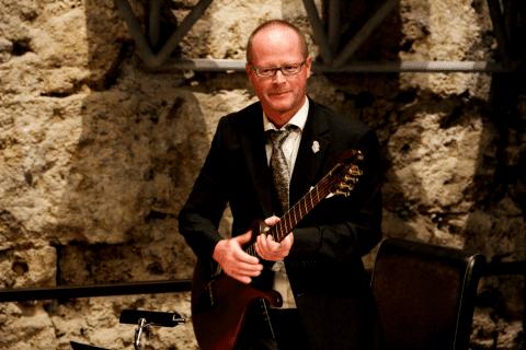 Der Vielsaitige Gitarrist Leipzig (1)