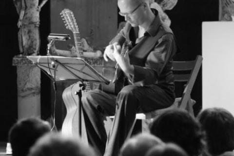 Der Vielsaitige Gitarrist Leipzig (7)