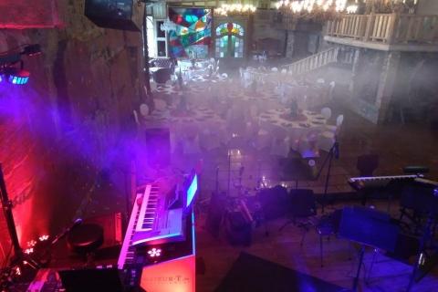 Der-vielseitige-Pianist-und-Sänger-aus-Dresden-11