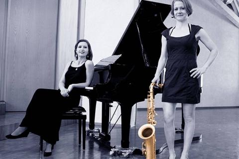 Die-Allround-Pianistin-aus-Wiesbaden-1