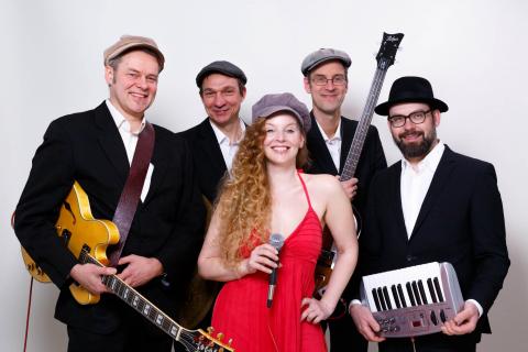 Die-berliner-Jazz-und-Lounge-Band-7-Custom