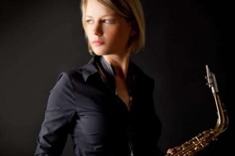 Die temperamentvolle Saxophonistin (8)