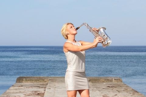 Die temperamentvolle Saxophonistin (9)