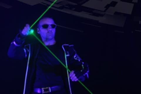 Die-erstaunliche-Lasershow-aus-Berlin-2