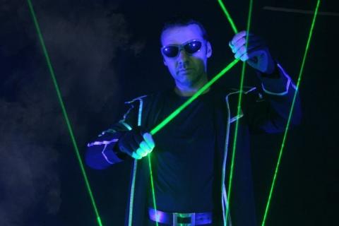 Die-erstaunliche-Lasershow-aus-Berlin-3