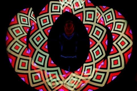 Die-faszinierende-Leuchtshow-aus-Berlin-2