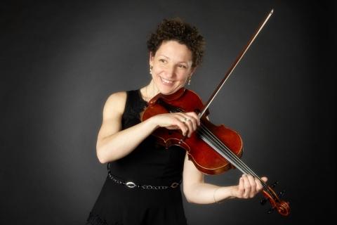 Die feinfühlige Viola Solistin (7)