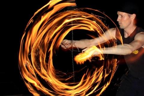 Die-Feuertänzer-der-Sonne-7