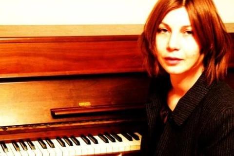 Die gefühlvolle Pianistin aus Frankfurt (2)