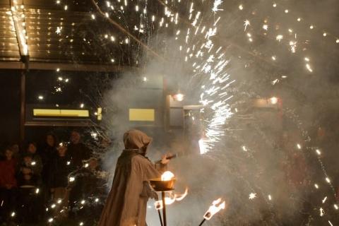 Die-grandiose-Feuershows-aus-Berlin-5