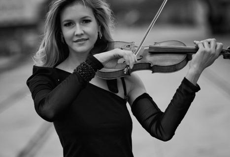 Die Magie der Geige Soloviolinistin (12)