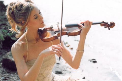 Die Magie der Geige Soloviolinistin (2)