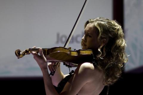 Die Magie der Geige Soloviolinistin (3)