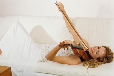 Die Magie der Geige Soloviolinistin (5)