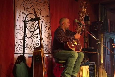 Die Saiten der Welt • Gitarrenvirtuose aus Dresden (1)