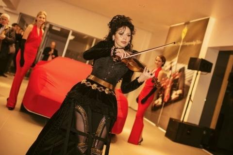 Die Show der tanzenden Geigen  (10)