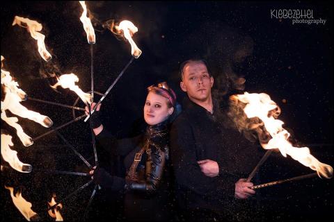 Die-verrueckten-Feuershows-11