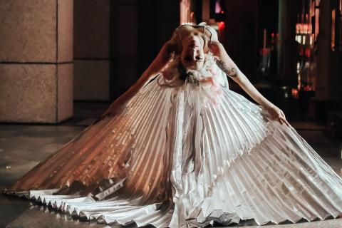 Die-vielseitige-Tänzerin-und-Showkünstlerin-aus-Köln-1