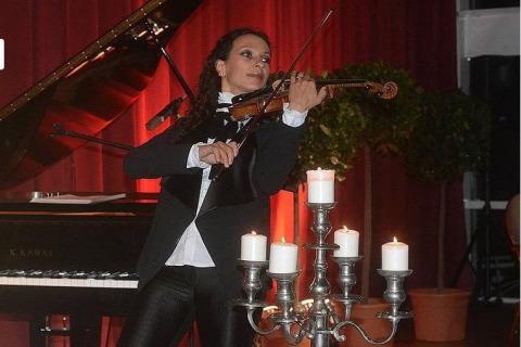 Die-vielseitige-Violinistin-aus-Berlin-5